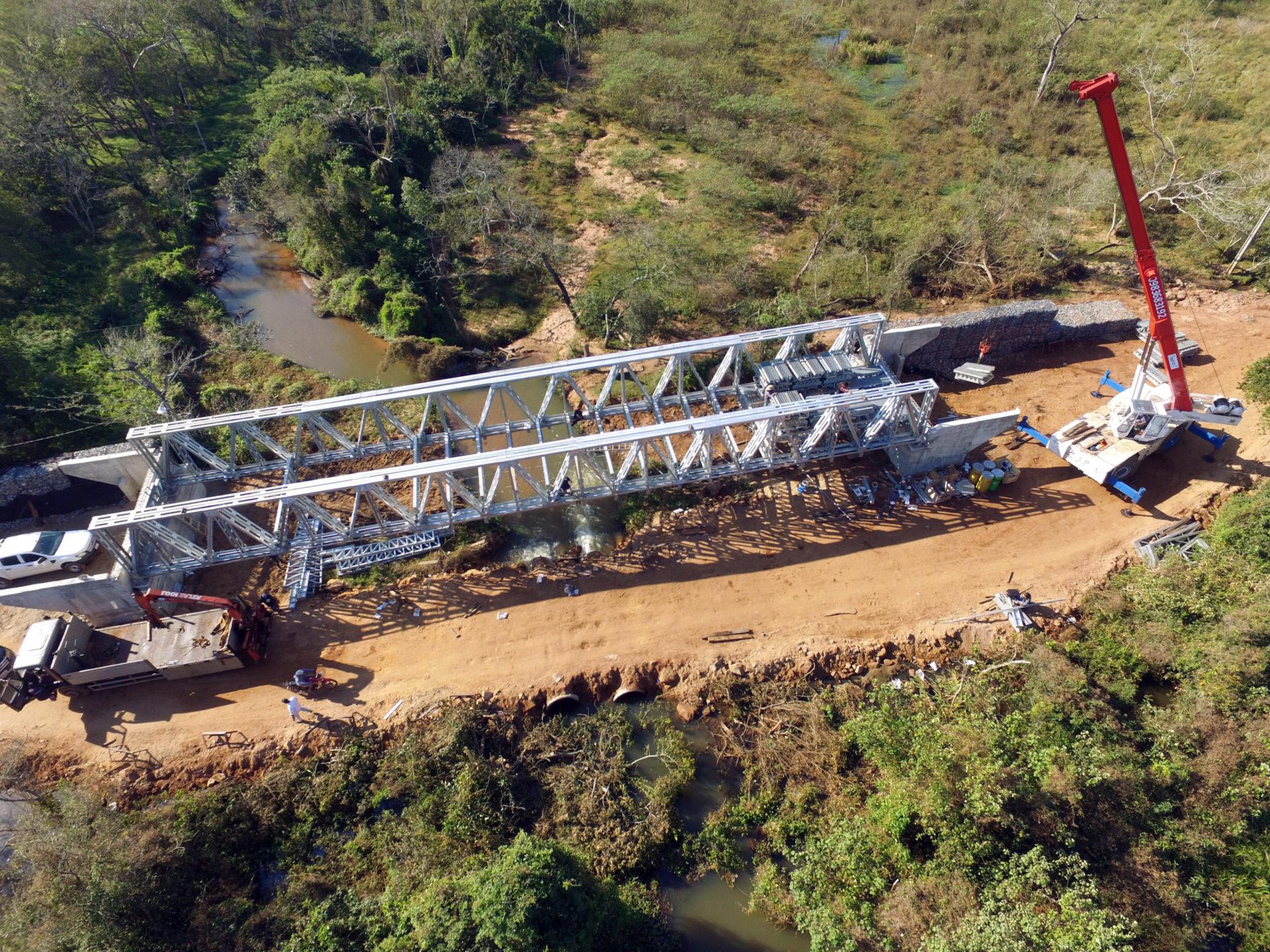 Puente Metálico TOBATI